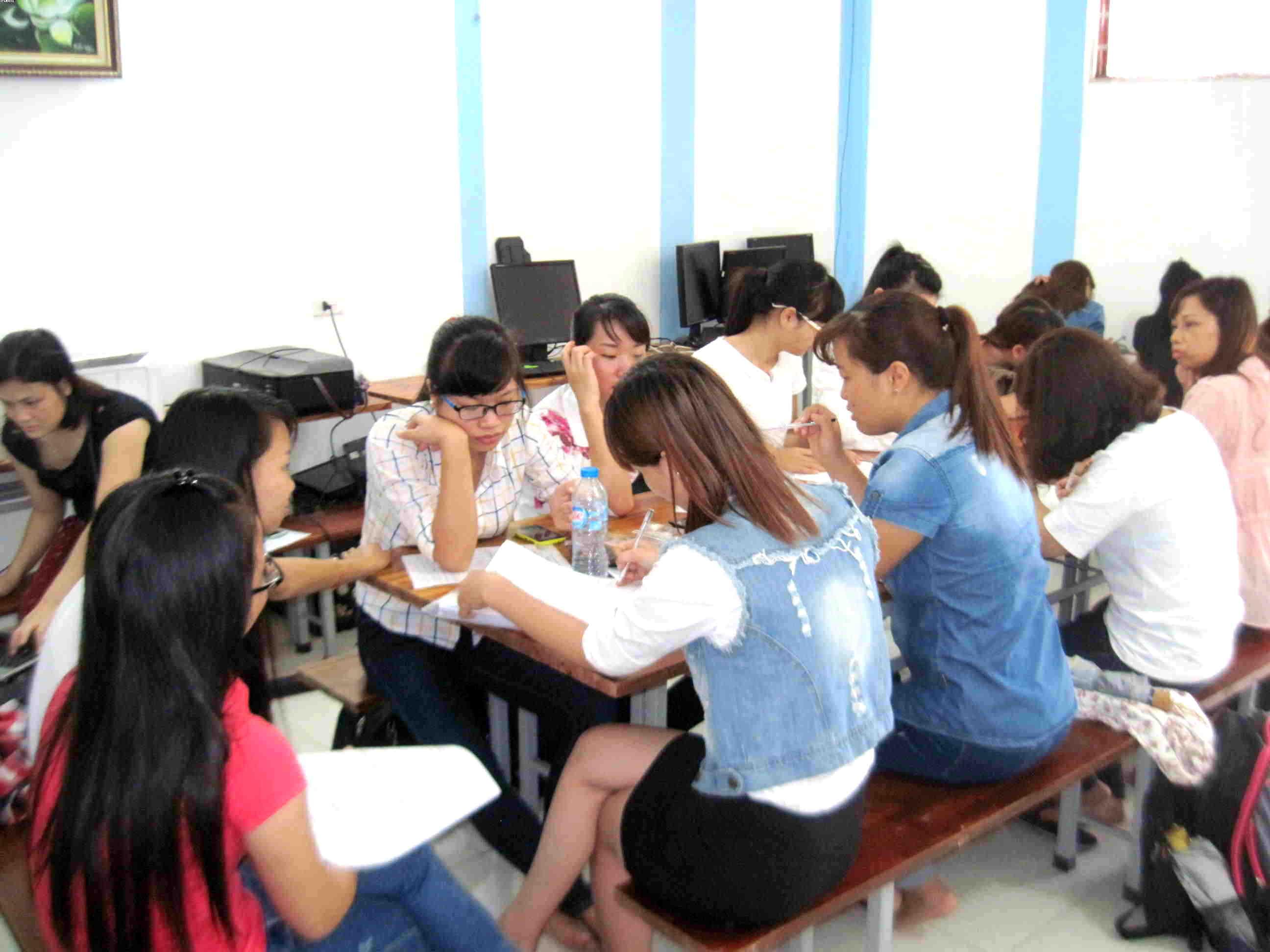 Khai giảng lớp thực hành kế toán tổng hợp