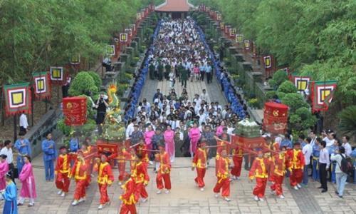 """Thông Báo Lịch nghỉ ngày lễ """"Giỗ tổ Hùng Vương 2019''"""