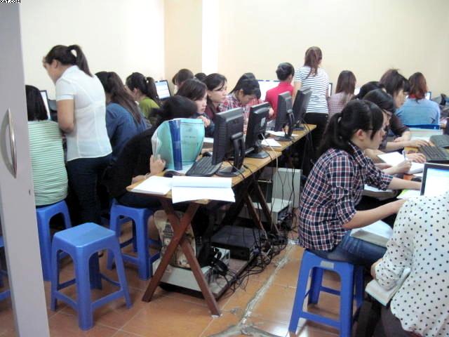 Khóa học thực hành kế toán Thương Mại & Dịch Vụ